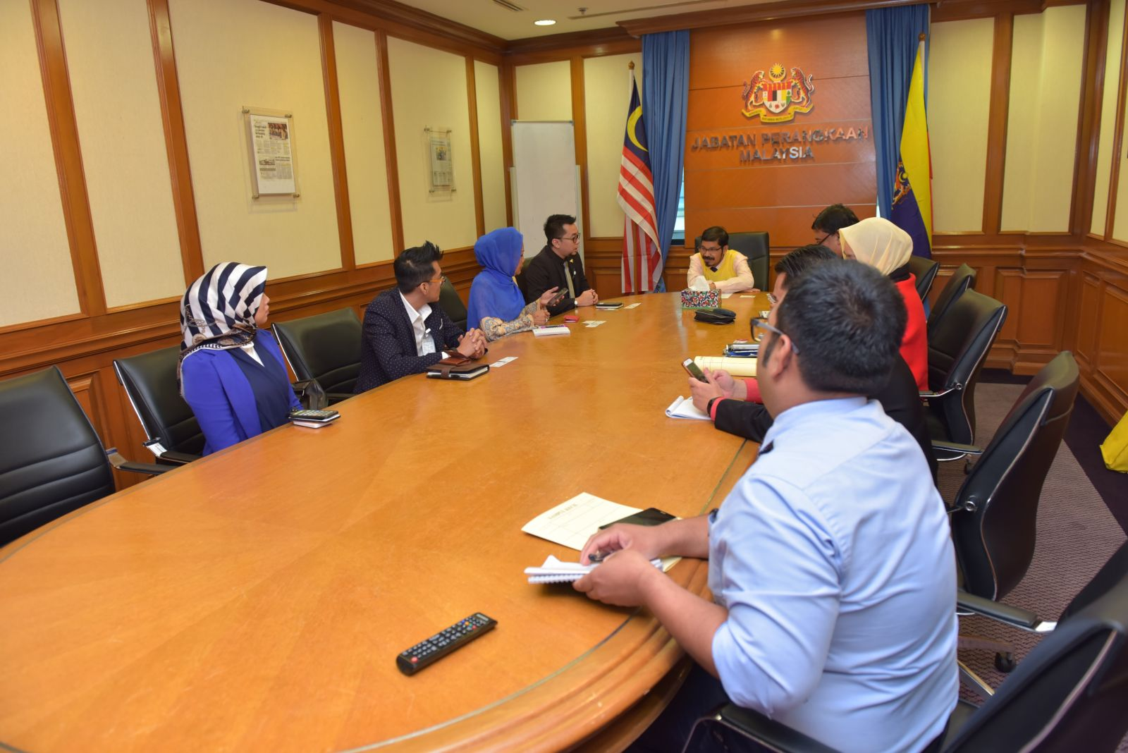 Courtesy Visit from Asean Chamber of Commerce